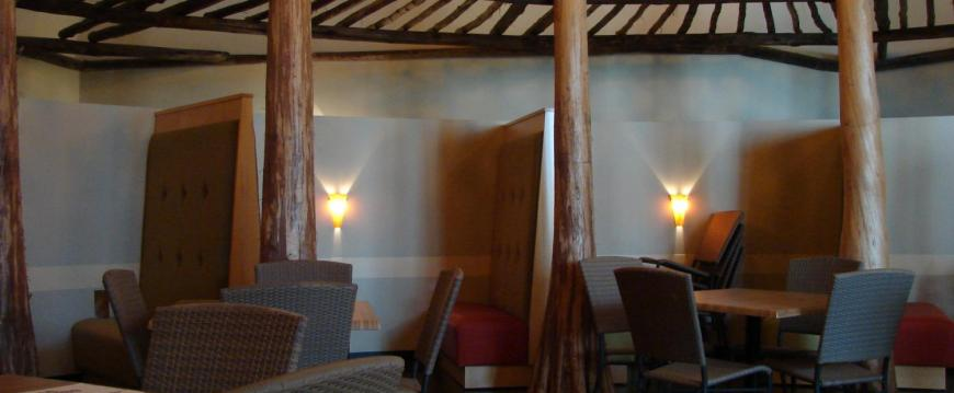 Restaurant Seating and Trellis