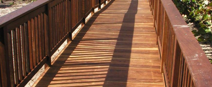 Ipe Decking with Railing Bridge