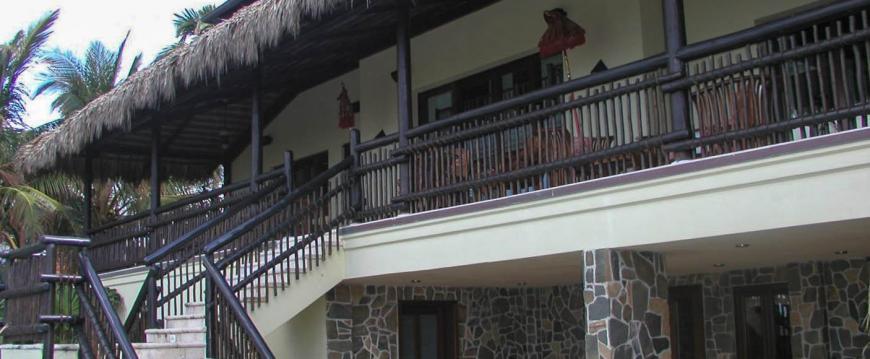 custom railing balcony