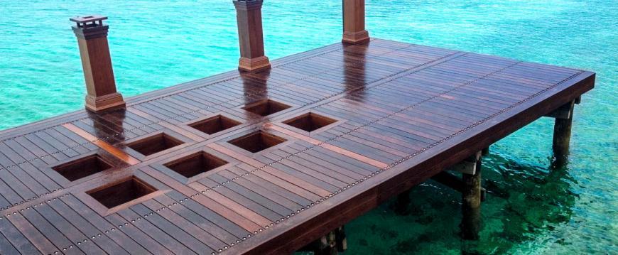 Glass in Dock Ipe Wood